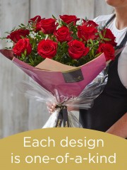 12 red rose hand-tied made with premium roses